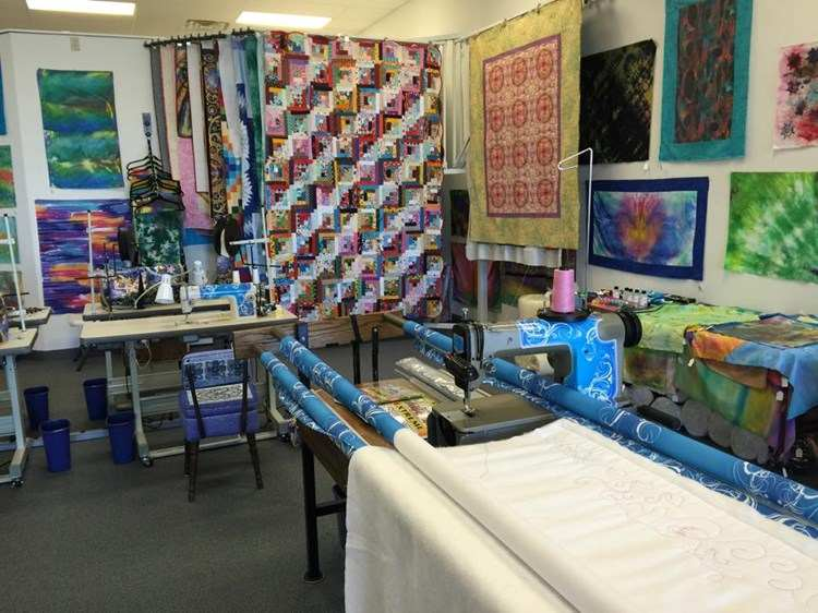 Quilt Central in Janesville, Wisconsin on QuiltingHub